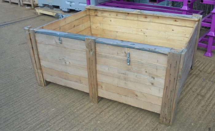 Second Hand Oversized Wooden Crate Pallet Box 1800x1300