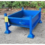 Second Hand Chute Stillage With Sheet Steel Base
