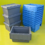 Plastic tote box with lid