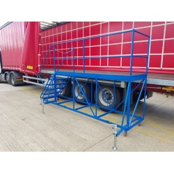 Trailer Side Access Mobile Platform with steps - 3m with stabilizers